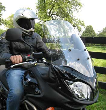 PARABELLUM Replacement Windshield  for the Suzuki 650 V-Strom ('12-)